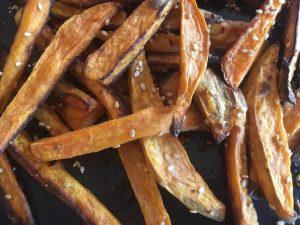 Sötpotatis-pommes (Paleo)